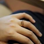 自分の指に似合う指輪タイプ別の選び方!太い?細い?長い?短い?