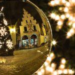横浜ランドマークタワー!クリスマスツリー点灯式の時間とゲストは?