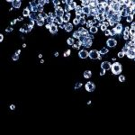 婚約指輪の選び方!ダイヤモンドのカラットとカラーどっちを優先する?
